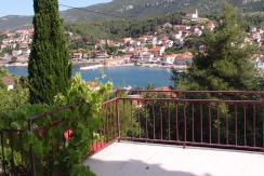 Detached house with fabulous views in Jelsa Hvar island