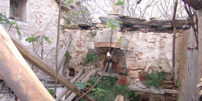 Romantic stone house for investment on Hvar
