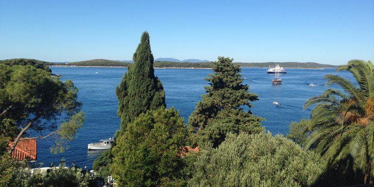 spectacular apartment with stunning viewsin Hvar town