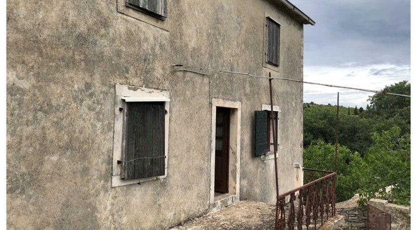 old stone house for sale on Hvar island