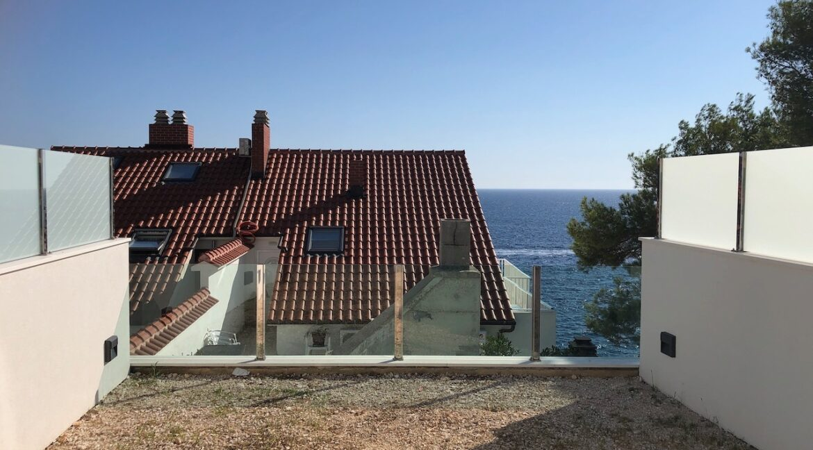 house in Hvar with sea views