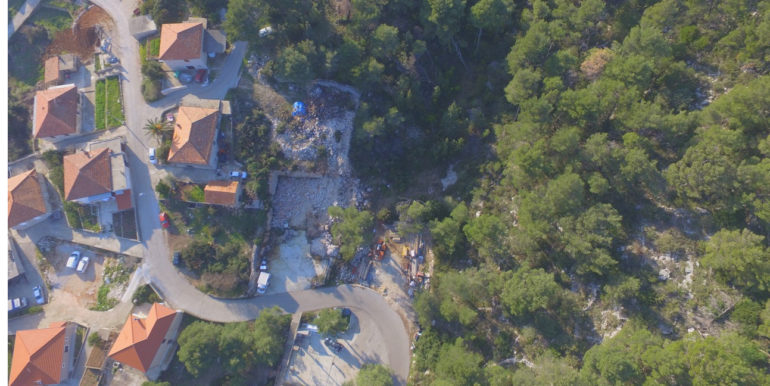 building land on Hvar island
