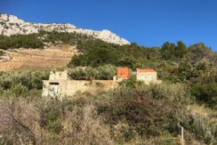 building land on South side of Hvar Island