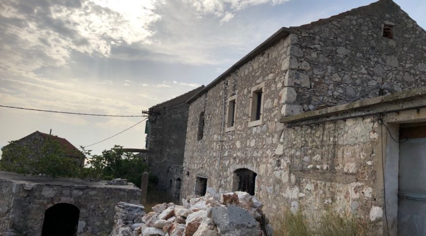 Istone house property for sale on Hvar Croatia