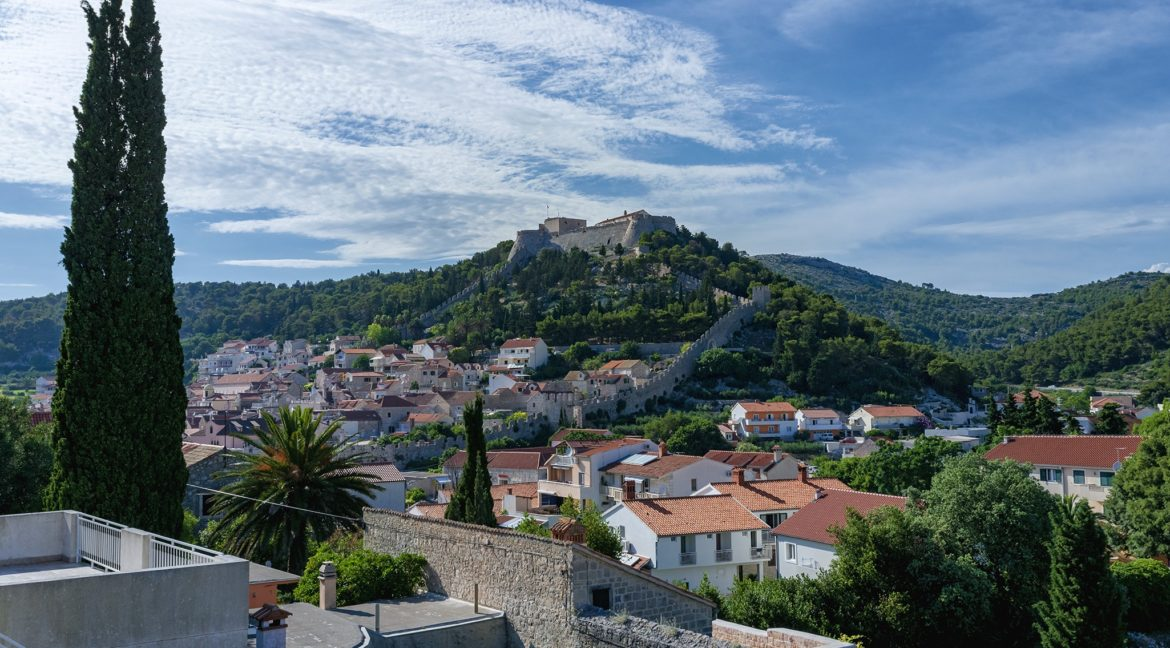 apartments for sale in Hvar town