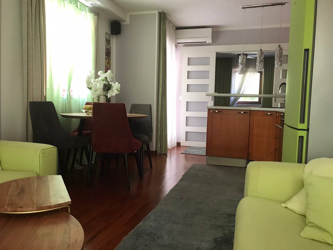 Apartments for sale in Vrboska with close access to town centre