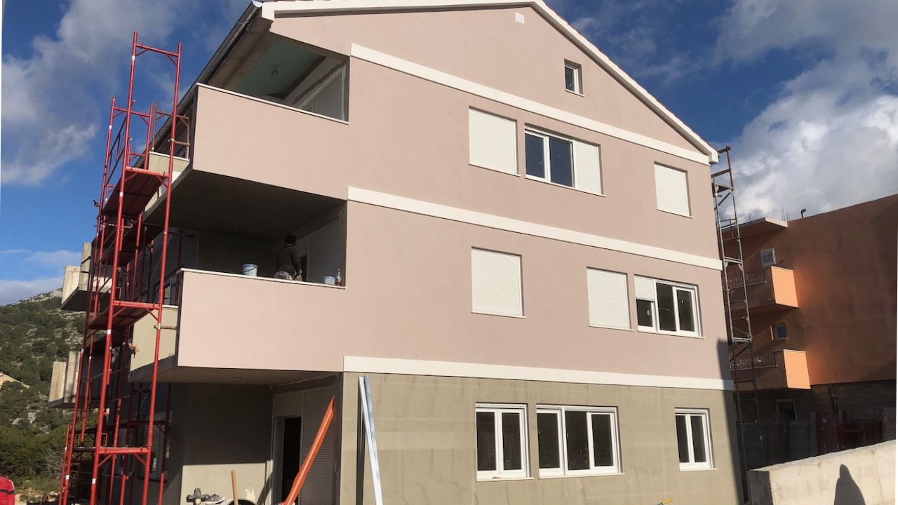 New apartments in Hvar town with balconies and allocated parking.